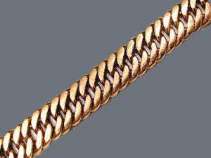 Как выбрать украшение с плетением «Кобра»