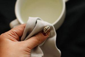 Можно ли чистить золото содой в домашних условиях