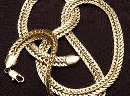 Особенности плетения украшений «Черепашка»